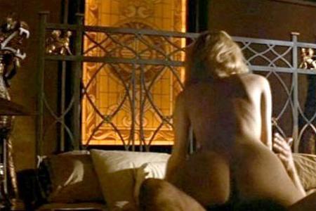 еротические постельные сцены фото